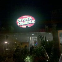 Photo taken at Divina Comédia Pizza Bar by Luiz Augusto d. on 11/11/2011