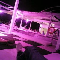 Photo taken at Terraza Room Mate Óscar by Diego L. on 5/27/2012