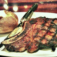 Photo taken at LongHorn Steakhouse by JunRaymond S. on 1/22/2012