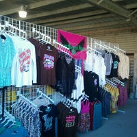 Photo taken at Larry's Old Time Trade Days by Deann B. on 11/11/2011
