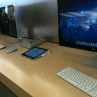 Photo taken at Apple Store, SouthGate by Muhammed A. on 6/23/2012