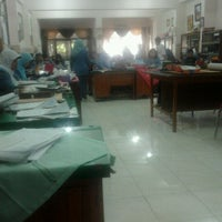 Photo taken at Meeting Room SMP Negeri 6 Surabaya by Ayu S. on 8/27/2012