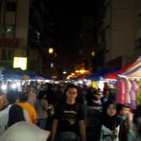 Photo taken at Pasar Malam Jalan Tuanku Abdul Rahman by Mohd Azam on 8/11/2012