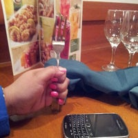 Photo taken at Olive Garden by Sassy A. on 5/12/2012