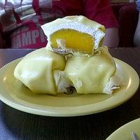 Photo taken at Honeymoon Dessert by brigitta h. on 8/25/2012