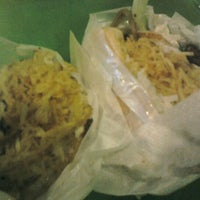 Photo taken at Big Mengão Lanches by Kelline F. on 7/1/2012