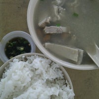 Photo taken at Restoran Weng Soon Jaya by Jess N. on 2/11/2012
