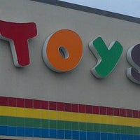 """Photo taken at Toys""""R""""Us by Tavares A. on 8/20/2012"""