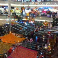 Photo taken at Mid Valley Megamall by Mahenthiran on 8/15/2012
