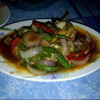 Photo taken at Thara Tom Yam Seafood by Yusof H. on 2/1/2012