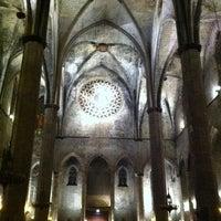 Photo taken at Basílica de Santa Maria del Mar by Roca B. on 12/24/2010