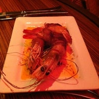 Photo taken at Robert Irvine's eat! by Chas H. on 10/31/2011