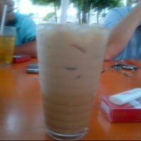 Photo taken at Kedai Makan Tajul by Hafeez R. on 10/10/2011
