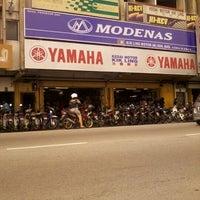 Photo taken at Kik Ling Motor by Shawal Lee on 2/2/2012