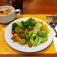 Photo taken at Sizzler by Peerapong N. on 7/9/2012