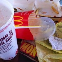 Photo taken at McDonald's by Roberto C. on 2/25/2011
