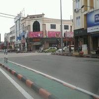 Photo taken at Hayaki Kopitiam by Tokeh K. on 10/12/2011