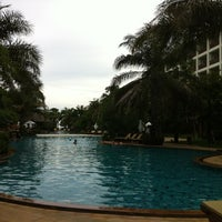 Photo taken at Ravindra Beach Resort & Spa by Rossukon P. on 6/3/2011