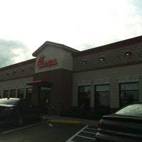 Photo taken at Chick-fil-A by RuthyLeo S. on 9/3/2012