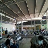 Photo taken at Terminal de Autobuses Nuevo Milenio de Zapopan by Antonio G. on 12/31/2011