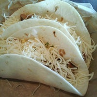 Photo taken at Qdoba Mexican Grill by Boni M. on 2/11/2012