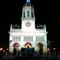 Photo taken at Santa Cruz Church by เจ้าชายออนไลน์ @. on 12/24/2011