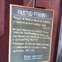 Photo taken at Filet & Folhas by Eduardo C. on 8/23/2011