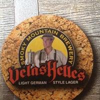 Photo taken at Smoky Mountain Brewery by Latteking on 8/13/2012