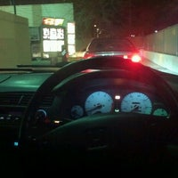 Photo taken at Taco Bell by Zato I. on 11/24/2011