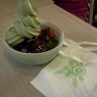 Photo taken at Kozui Green Tea by Vinz A. on 11/12/2011