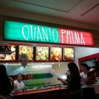 Photo taken at Quanto Prima by Renato C. on 8/11/2012
