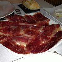 Photo taken at Restaurante Sula by Fátima L. on 5/26/2012