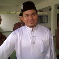 Photo taken at Surau Al-Madani Jalan 3 by ilvzvhg ♔. on 9/4/2011