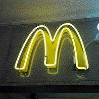 Photo taken at McDonald's by Shrtfatwhiteguy on 7/11/2012