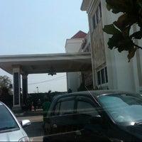 Photo taken at Grand Mangaraja by Aris S. on 7/7/2012