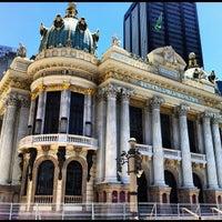 Photo taken at Theatro Municipal do Rio de Janeiro by Marcelo M. on 2/14/2012