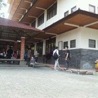 Photo taken at Universitas Gunadarma by Satrio P. on 9/13/2012