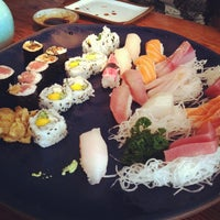 Photo taken at Sushi Leblon by Andre Y. on 11/20/2011