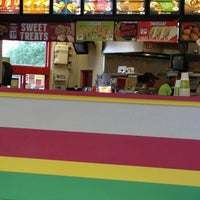 Photo taken at Del Taco by Byron W. on 8/16/2012