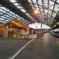 Photo taken at Platform 7 by Alastair C. on 8/17/2011