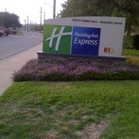 Photo taken at Holiday Inn Killeen - Fort Hood by Donna 🌻💐 on 11/12/2011