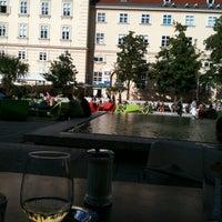 Das Foto wurde bei Café Leopold von Alessandra F. am 8/13/2011 aufgenommen