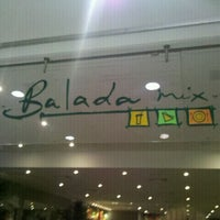 Photo taken at Balada Mix by Davi M. on 4/1/2012