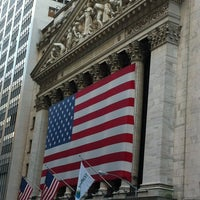 Photo taken at Wall Street by Adrián E. on 8/17/2012