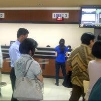 Photo taken at Kantor Imigrasi Kelas 1 Jakarta Pusat by Lina C. on 3/21/2012