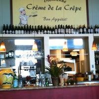 Photo taken at Crème de lâ Crepe Bistro by Penelope-Glamour R. on 3/19/2012