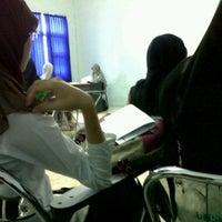Photo taken at Fakultas Ilmu Sosial dan Ilmu Politik by Rizkia t. on 4/19/2012