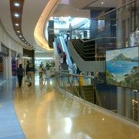 Photo taken at La Vela Centro Comercial by Teresa T. on 8/11/2012