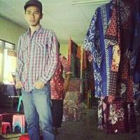 Photo taken at Kampung Batik by Abdullah A. on 5/17/2012