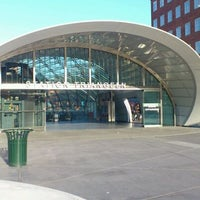 Photo taken at Station Triangeln (J) by Mats B. on 4/17/2012